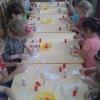Аплікація з серветок для дітей - вчимося разом з малюками створювати об`ємні картини зі скручених серветок