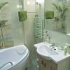 Фото дизайну маленької ванни