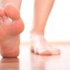 Як позбутися неприємного запаху від ніг і взуття