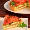 Пиріг з свіжими помідорами і сиром