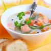 Суп з червоною рибою