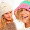Зв`язати шапку спицями для жінки - нові моделі в`язаних шапок